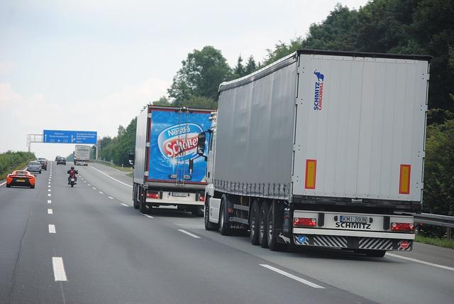 Autostradą w podróży - monitoring GPS